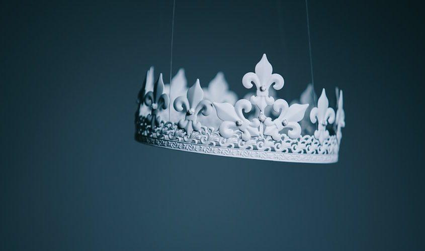 Dragoste făr' de coroană