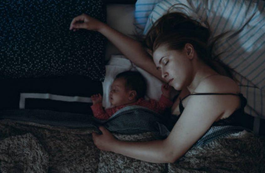 Când mamele trăiesc noaptea